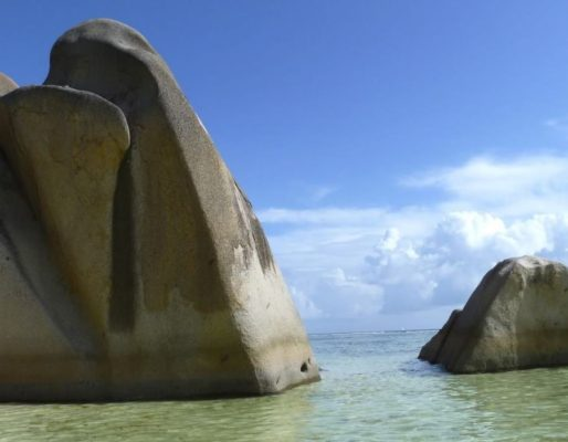 Берег океана на острове Маврикий
