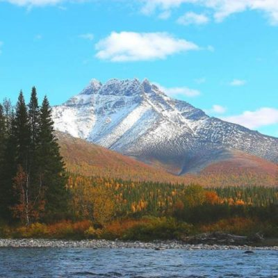 Гора в форме медвежьей лапы