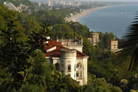 Замки в Абхазии