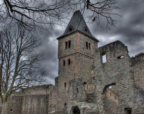 Замок Франкенштейна в Германии