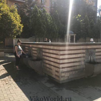 Источник минеральной воды в центре Софии