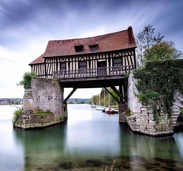 Мельница в городе Вернон. Фото