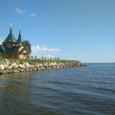 Церковь на Рыбинском водохранилище