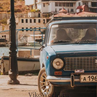 Автомобиль в крымском порту